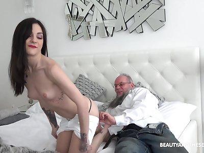 Teen babe Lulu Gun has an old dick fetish so she rides one