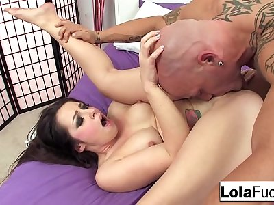 Sexy Lola gets fucked everlasting by Derrick Pierce