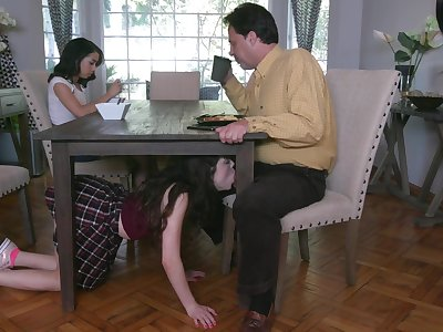 Non-standard with the addition of jilted stepdaughter Jackie Rogen gives such a good blowjob